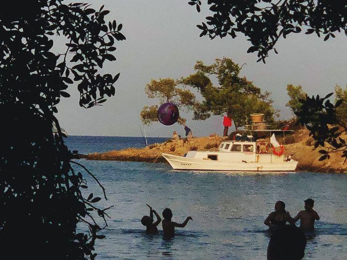 Joy Boat Ball