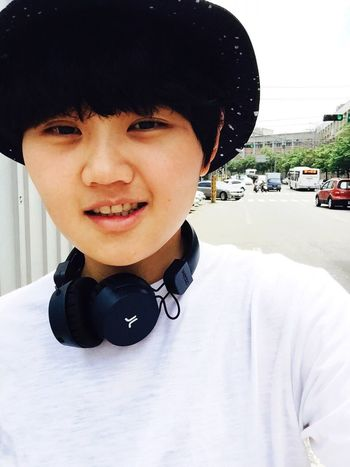 """Today is sunny day! The mind should be light, even life is tough and never be smooth... People always try to smile and tell themselves """"forget about it!"""" Although it's impossible in this kind of easy way haha! That's Me Taking Photos Enjoying Life Selfie Sunny Day WESC"""