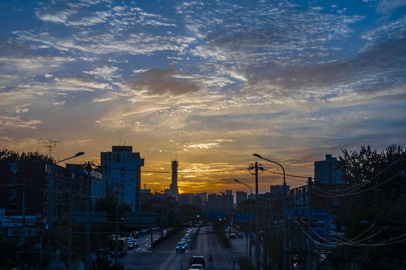 日落 天空 云彩 Night City Outdoors Sky