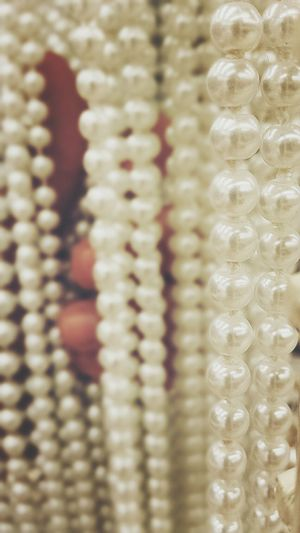 Clutching my Selective Focus Pearls. Jewelry Fashion Tadaa Community Check This Out Eye4photography  Urban Myself Visual Statements Depth Of Field Luxury Close-up In A Row Backgrounds