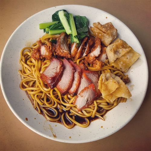 EyeEm Selects Wan Tan Mee Char Siew Foodporn Malaysia Food Chinese Food Lunch Breakfast DeliciousFood  Wantan Noodle Wantan Healthy Eating Ready-to-eat Food Food And Drink Plate No People Indoors  Directly Above Freshness Close-up Day First Eyeem Photo