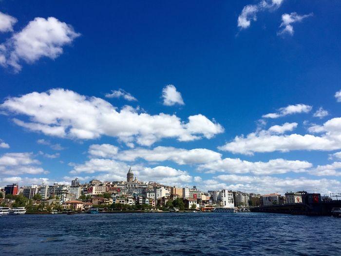 Istanbul Eminönü Galata Deniz Denizhavası Doğa Mavi Objektifimden Object Photography Sea Bulut Gokyuzu IPhoneography Iphone6