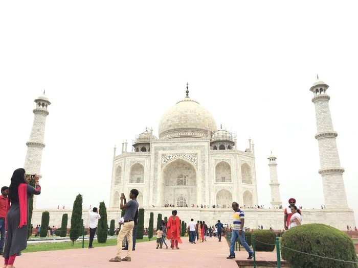 Taj Mahal Crowd Tourism Group Of People Travel Destinations Architecture Travel Real People Built Structure Dome Large Group Of People Visit Outdoors City History Building Exterior Men Sky The Past Tourist Arch