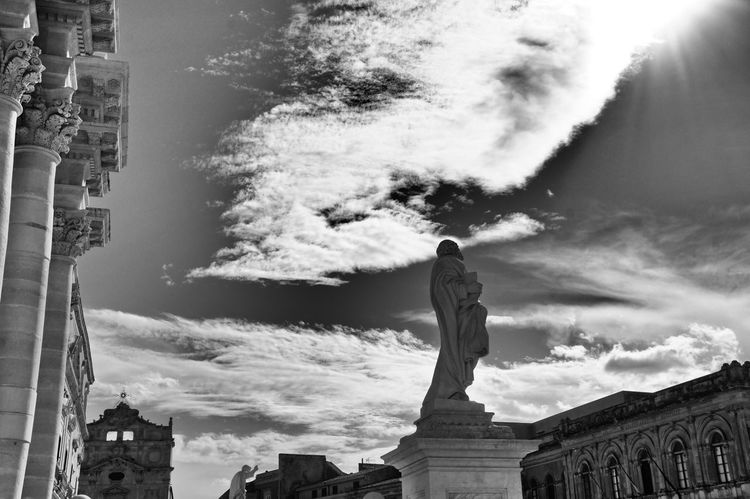 Sculpture Sky And Clouds Sun Clouds And Sky Clouds Bnw_collection Fortheloveofblackandwhite Architecture_bw Blackandwhite Skulptur Architecture Wolken