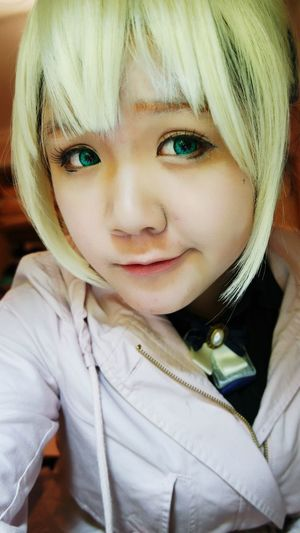 Me Cosplay Saber Fate  Fate/zero Eyes just have a try poi(○` 3′○)