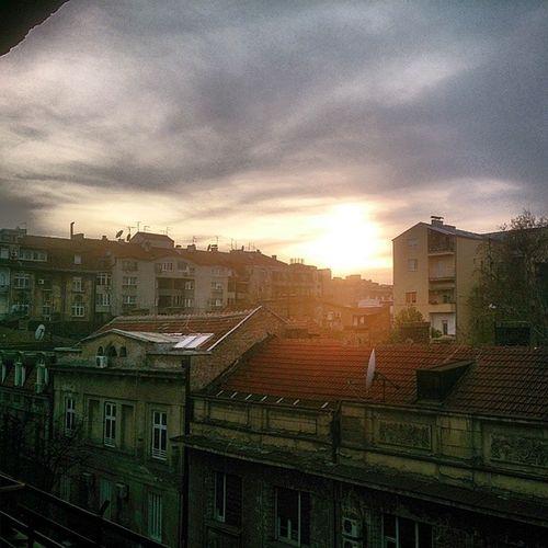 Sunlight Sunset Sky Sky_love skyart skylovers skystyles skysnappers skyscapes_gf skyscraper skystyles_gf sun serbia serbie serbstagram dorcol belgrade belgradestreets beograd oldtown instasky instagramserbia instagramsrbija instagood