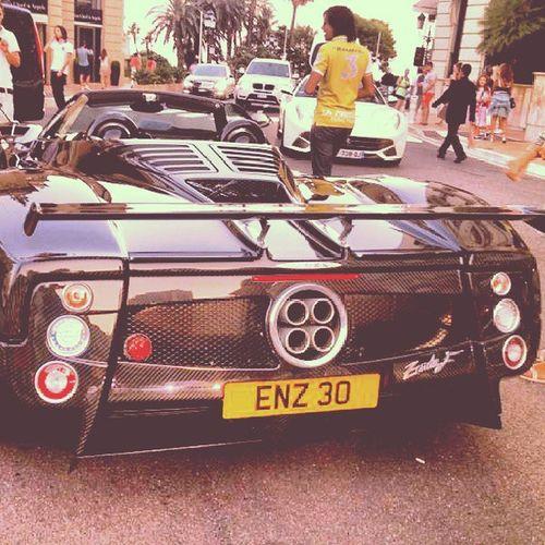 PaganiZonda 400kmh 1000000 $ Casinomontecarlo 800horsepower