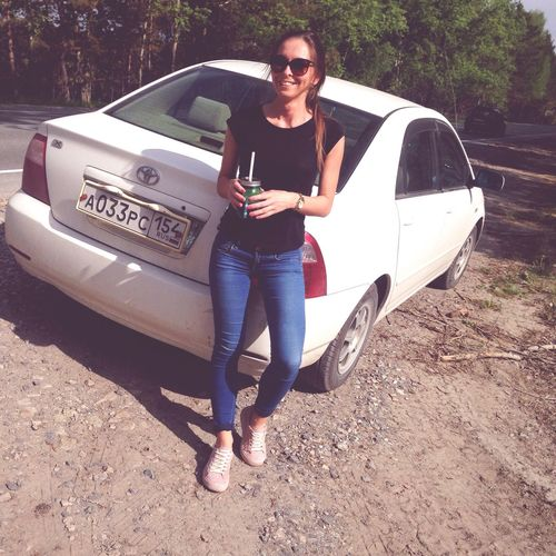 Car Sunglasses Full Length Standing One Person Transportation Young Adult Casual Clothing Adult Fashion Beautiful Woman Outdoors Young Women Only Women Women Day One Woman Only Beauty Portrait