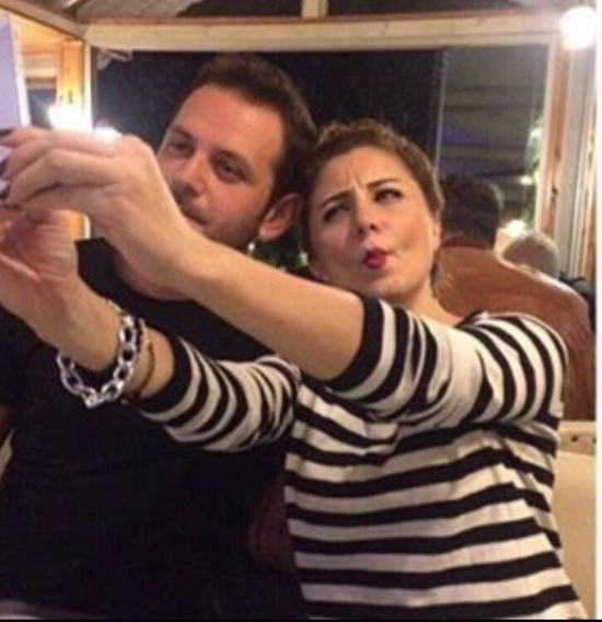 Mobile Conversations Smart Phone Selfi Two People Sassy Girl Togetherness Cool Man Dinner