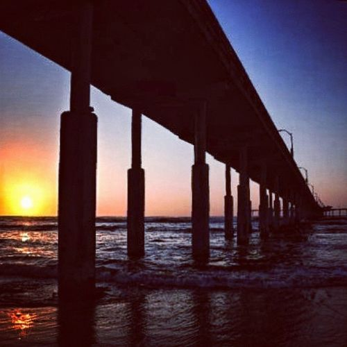 Goodnight guys (this is a leftover from my last trip to San Diego) #igerscalifornia #sunset Ocean Igerssandiego Photooftheday GCS Igers IGDaily Jj  Instagood Igscout Instaaaaah Instagramhub Jj_forum The_guild Primeshots Gmy Igerscalifornia Sunset Instamillion