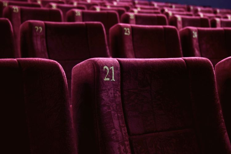 🍿🍿🍿. Be. Ready. Cinema Cinema In Your Life Chair Seat Red No People Indoors  Film Industry Simplicity Minimalism Light And Shadow Taking Photos Shootermag The Week On EyeEm EyeEm Best Shots
