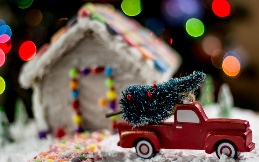 Christmas tree for the gingerbread house Gingerbread Holiday Food Winter Snow Truck Gingerbreadhouse Gingerbread House Red Truck Background Christmas Bokeh Christmas Tree Night Before Christmas Christmas Holidays Bokeh EyeEm Selects Candy Cane Food Candy Candycane  Treat