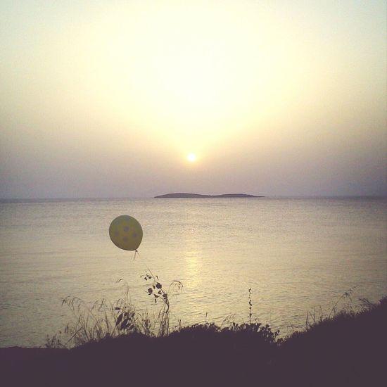 Balloon Sun_ Collection EyeEm Best Shots - Sunsets + Sunrise Sea And Sky