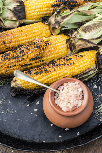 Close-up Corn Corn - Crop Corn On The Cob Day Food Food And Drink Freshness Healthy Eating High Angle View Market No People Outdoors Raw Food Still Life Street Market Sweetcorn Table Tray Vegetable Wellbeing Yellow