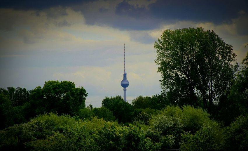 Televisiontower Berlin Berliner Ansichten Battle Of The Cities Nature Berlin Photography Berlin Malchow