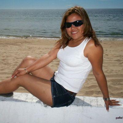 En 2009 en andanzas en BahíadeKino con mi esposo Cute Love Instacute glasses beach cool instacool navojoense hermosillo Sonora sonorense arena sol mar