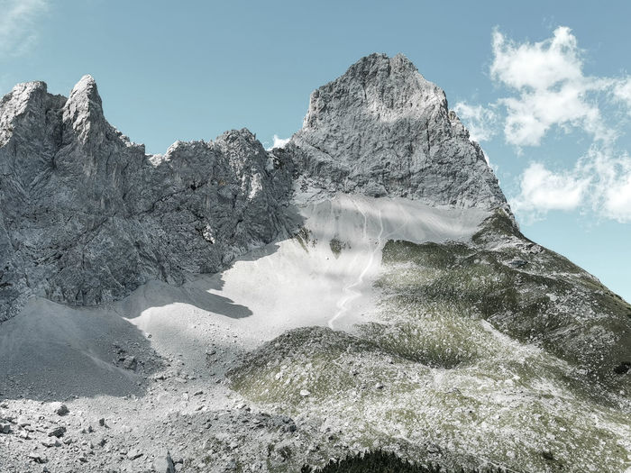 Scenic view of lamsenspitze in the karwendel mountains, tyrolean alps against sky