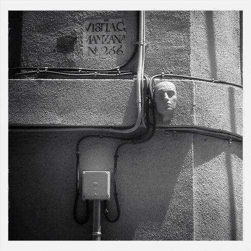 Streetphotography Wall Blackandwhite Enjoy The Silence
