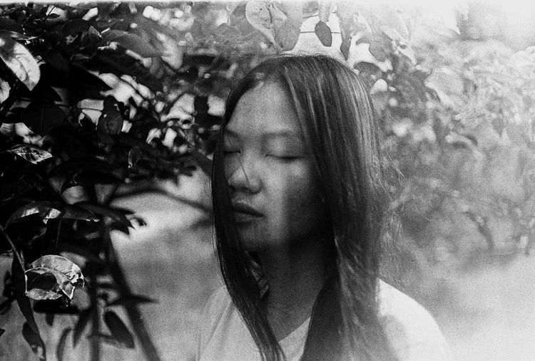 Take with Canonet QL 17 GIII/Kodak Tmax 400 black and white Monochrome Photography Potrait Fine Art Photography Close-up Film Photography Filmisnotdead Kodak T-max 400 INDONESIA Canonet QL17 Kodak Buy Film Not Megapixels
