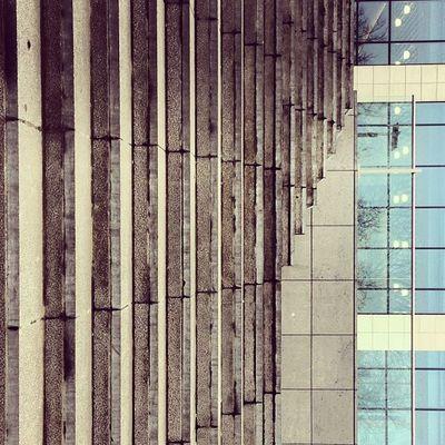 Le verticalporn superlol extravaganzzah - Wednesday edition. #lolmachine Lineporn Tourdesfinances Financetower Concretecrush Darksideinside Lolmachine Botanique Fiscalporn Brussels Yay Linegasm Architectureporn Brangasm Abstractporn Stairsporn Linedesire