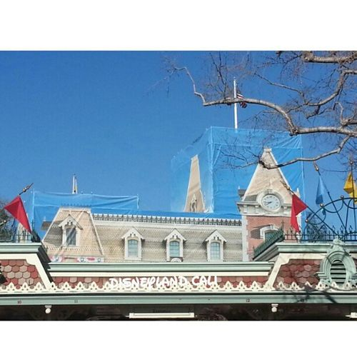 Disneyland_cali Disneyland Disneylandmainentrance Remodeling :).im posting all the pics from today
