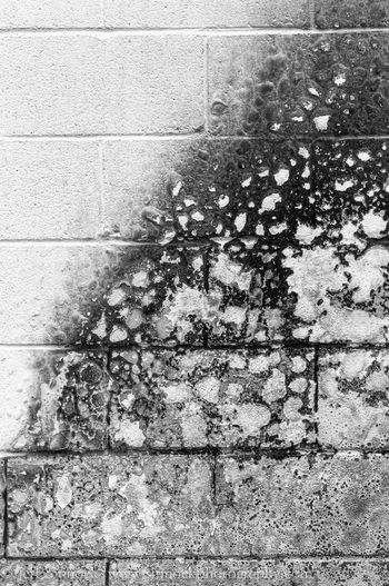 Someone tossed lighter fluid on a wall then lite it,this is the results Architecture Building Exterior Built Structure Close-up Eating, Taken By Amy Getty Getty Images Getty X EyeEm Jeff Sinnock Jeffrey Sinnock No People Outdoors Paint Bubbles Paint, Textured  Virus, Wall - Building Feature