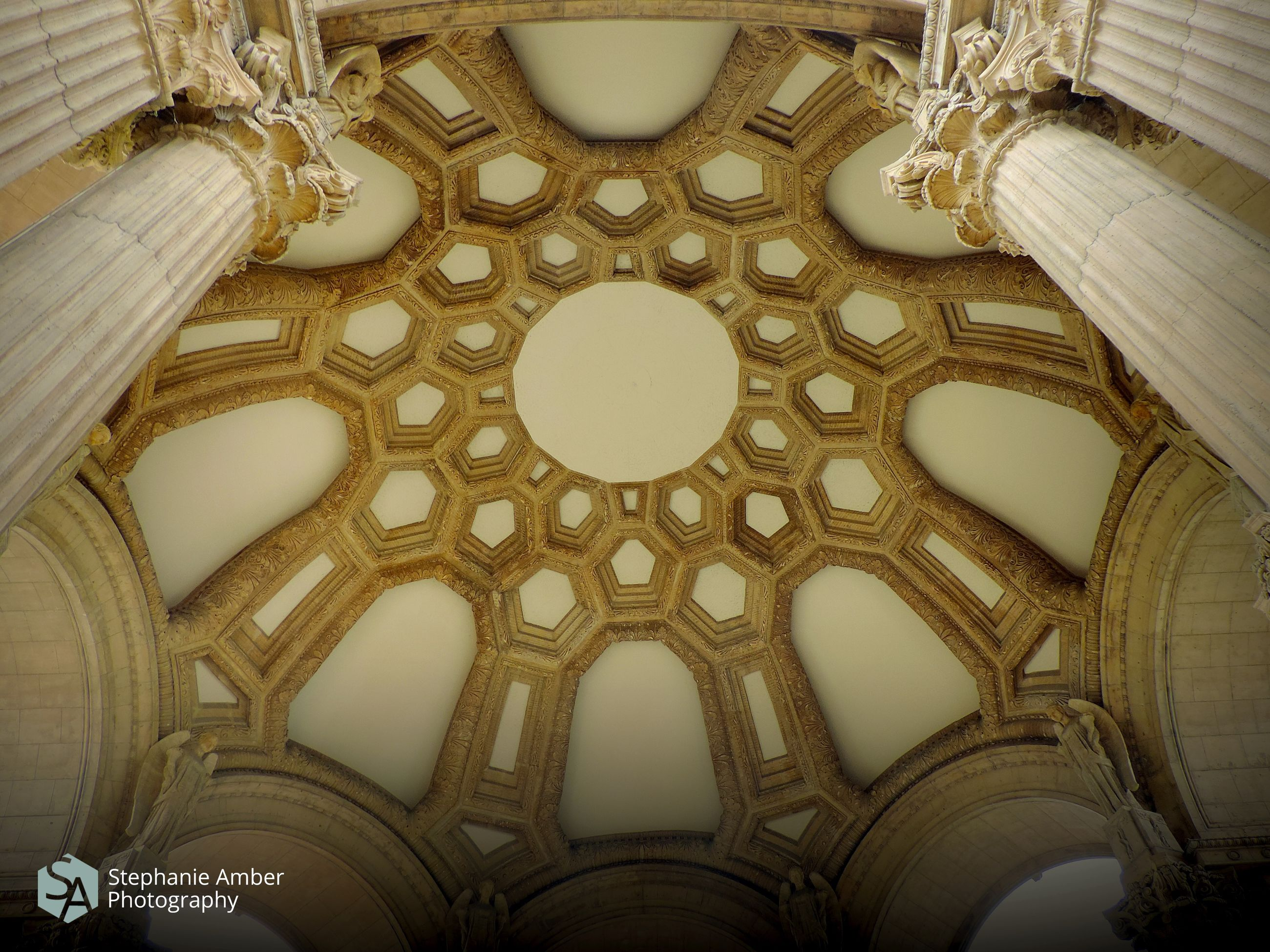 ceiling, architecture, low angle view, built structure, indoors, building, no people, cupola, travel destinations, the past, arch, history, place of worship, pattern, religion, architectural feature, belief, design, dome, directly below, ornate, architecture and art, architectural column, luxury