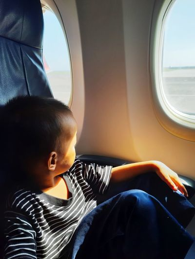 My son's reaction to the plane