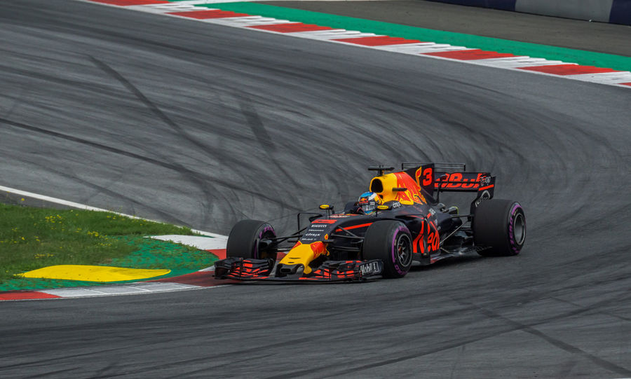 Formula 1 racing at the Austria Grand Prix 2017 Austria Auto Racing Formula 1 Formula 1 Car Formula One Racing Grand Prix  Motorsport No People Race Track Racecar Racing Racing Car Racing Cars Racing Track Red Bull Speed Sport Sports Photography Sports Race