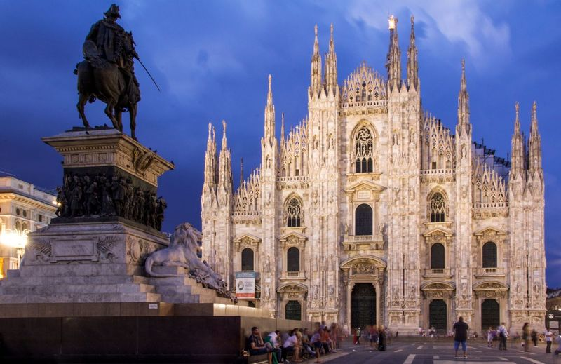 Piazza del Duomo, Milan, Italy. Architecture Statue Built Structure Building Exterior Travel Destinations Sculpture Human Representation City Travel Outdoors Tourism Long Exposure Cathedral