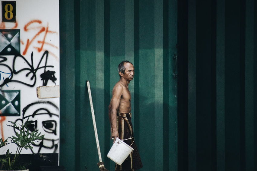 Morning activity INDONESIA Streetphotography Malang Nakedmen Local EyeEm Gallery Eyeemmarket Gettyimages Kayutangan Travel