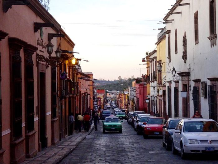 Another one of San Miguel de Allende, you gotta love this charming magic town in Mexico! Sanmigueldeallende Mexico Travel Traveling Canonphotography Streetphotography Street Eye4photography