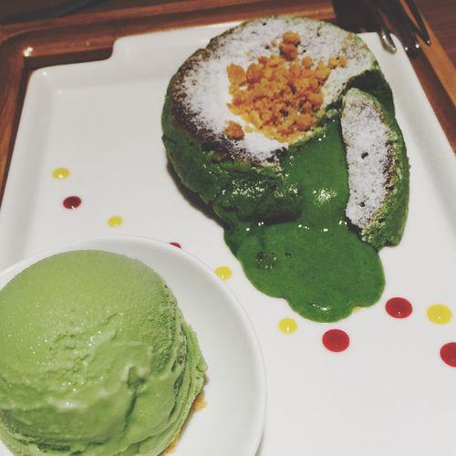 Burning cake🍰🍵 Matcha Green Tea Cake Snack What's For Dinner?