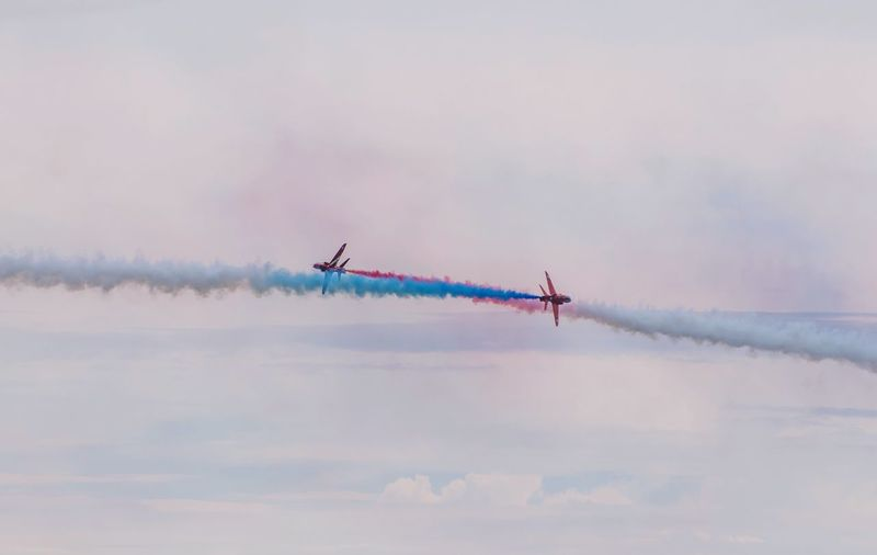 Sunderland Air Show 2017 Red Arrows Airshow Vapor Trail Sky Flying Smoke - Physical Structure Cloud - Sky On The Move Speed Transportation Air Vehicle Mode Of Transport Airplane Low Angle View Fighter Plane Military Airplane Mid-air Teamwork Motion Performance Multi Colored EyeEm Best Shots EyeEm Gallery EyeEmBestPics