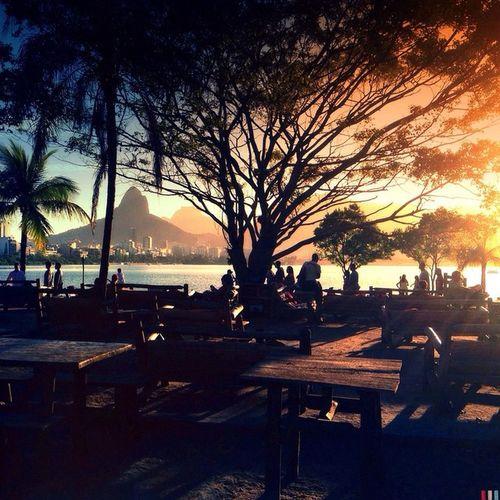 Rodrigo de Freitas Lagoon - Rio de Janeiro - One of the most beautiful sunsets in the city... ☀️❤️✨ This one goes to Verãoseulindo project from @instagrambrasil 😊 Tag your 2015 Summer Pics and you may have your beautiful photo printed at the book! 😊❤️ Riodejaneiro Igersrio Verãoseulindo ______________________ Lagoa Rodrigo de Freitas - Rio de Janeiro - Um dos mais bonitos pôr-do-sol da cidade... ☀️❤️✨ Essa foto é para participar do projeto Verãoseulindo do @instagrambrasil 😊 Tagueie suas fotos do verão de 2015 e vc pode ter sua linda foto impressa no livro do projeto!!!! 😊❤️ Riodejaneiro Igersrio Verãoseulindo