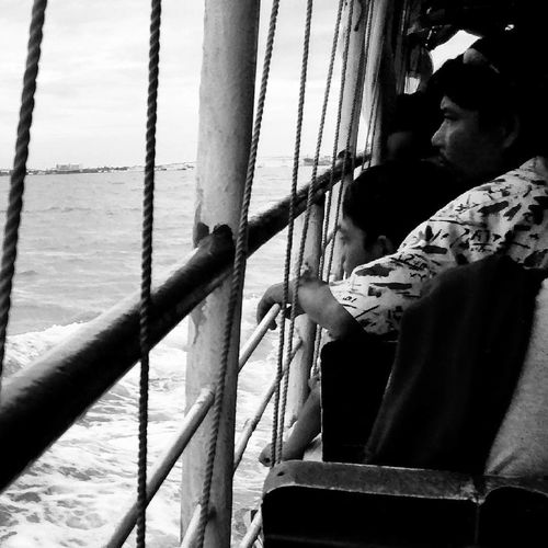 Adult Depression - Sadness Young Adult Father And Son Father And Son Time Fatherhood Moments Sail Sailing Black And White Blackandwhite Black And White Photography Family Child Mobile Photography Huaweiphotography EyeEmNewHere Sea