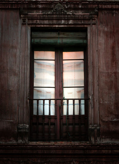 Architecture Window Building Built Structure No People Day Old Wood - Material Indoors  Abandoned Entrance House History Door Weathered The Past Wood Safety Window Frame Fenêtre Close Up Closed Home Interior Streetphotography Balcony