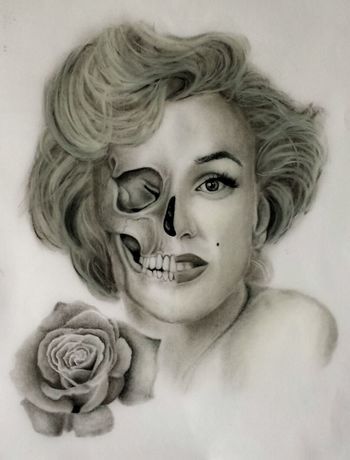 Marylin Monroe Portrait Drawing Rosé