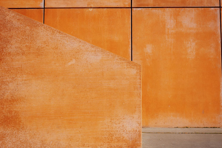 Minimalism Minimalobsession Architecture Built Structure No People Day Pattern Orange Color Brown Wall - Building Feature Backgrounds Textured  Indoors  Full Frame Close-up Flooring Staircase Concrete My Best Photo