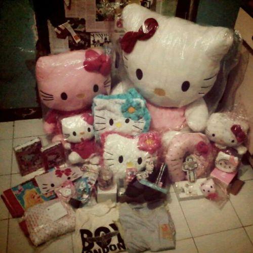 Thanks for giving <3 Mine Sweet17 Yesterday 010613 thanksGiving Hello Kitty love all !!! instapict instacool TagsForlove liketolike FlwMe