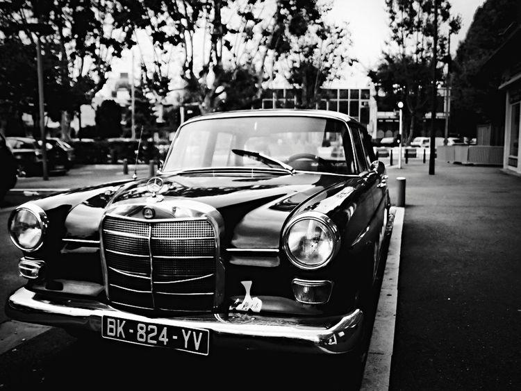 Au détour d'une rue Streetphotography MaisonsAlfort Creteil Blackandwhite Black And White Contrast Mercedes Benz Cars