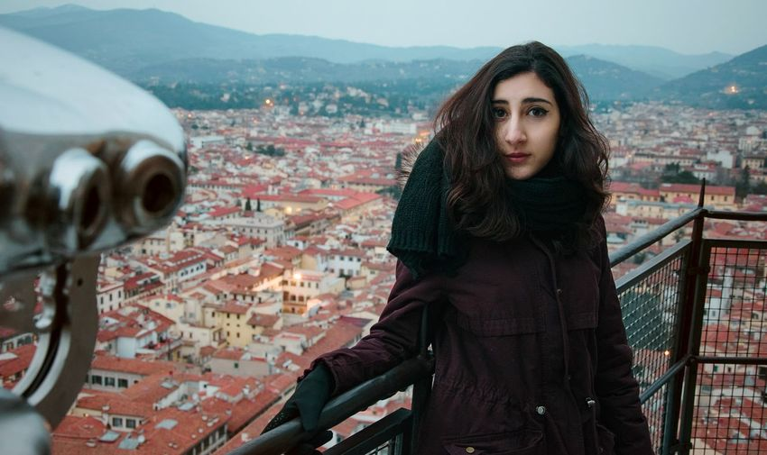 "00// ""travel vibes""... Love Florence Italy Travel Colors Memories Model TBT  Warm Clothing City Cityscape Portrait Young Women Winter Women Looking At Camera Cold Temperature Beautiful Woman EyeEmNewHere The Traveler - 2018 EyeEm Awards"