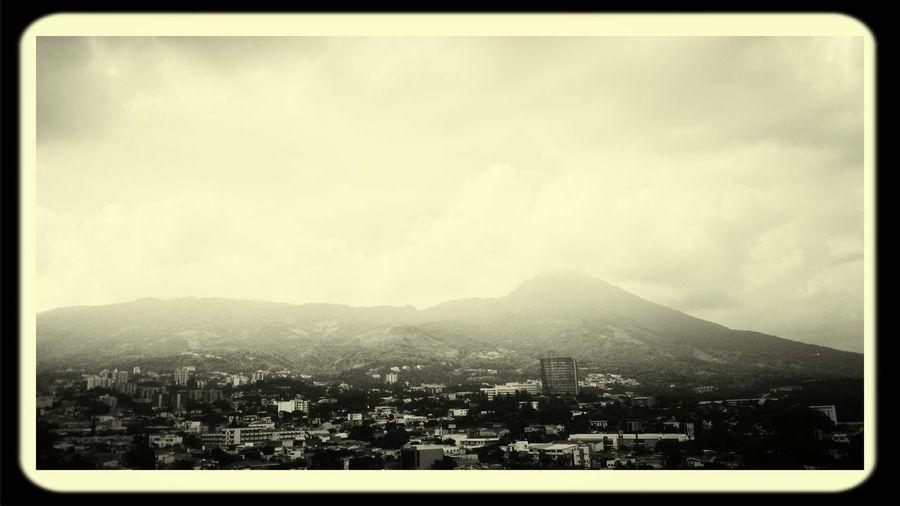 Vista de la ciudad, San Salvador Architecture Enjoying The View First Eyeem Photo