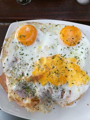 Simply Happy Egg