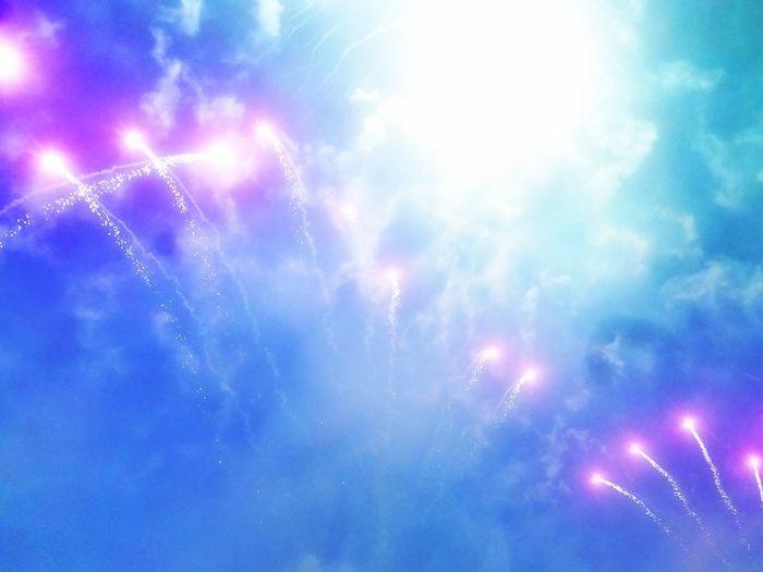 15 Agosto Ferragosto Fiestas De Pueblo Fiestas Patronales Samsungj5photography📱 3XSPUnity Illuminated Backgrounds Multi Colored Sky Firework - Man Made Object Event Entertainment Firework