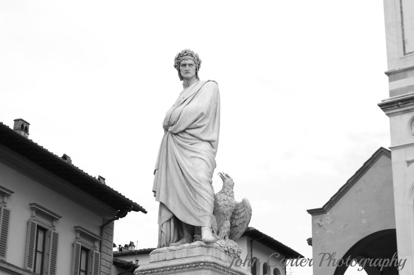 DANTE ALIGHIERI Bnw Bnw_captures Bwphotography EyeEm Gallery Streetphotography Eye4black&white  BW Collection EyeEm Canon Eyem Best Shots Streetphotography_bw Canon700dphoto Dante Alighieri Eye4photography  Eyem Gallery Eyemblackandwhite Eyemitaly Eyemphotography Firenze Firenzemadeintuscany Florence From My Point Of View Italia Italy❤️ Poeta