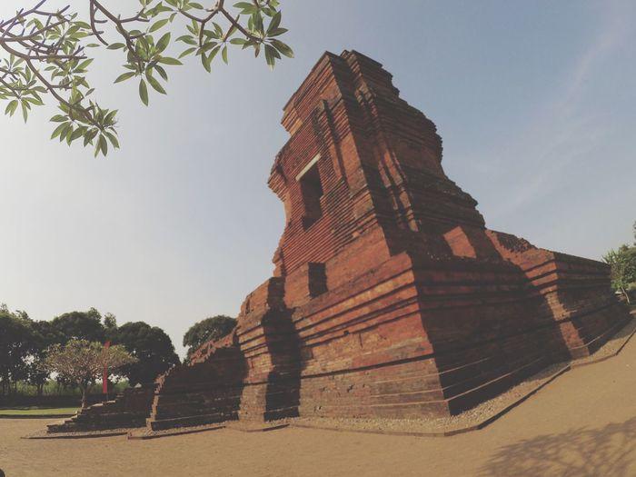 Gapurabajangratu Historymajapahit Temple