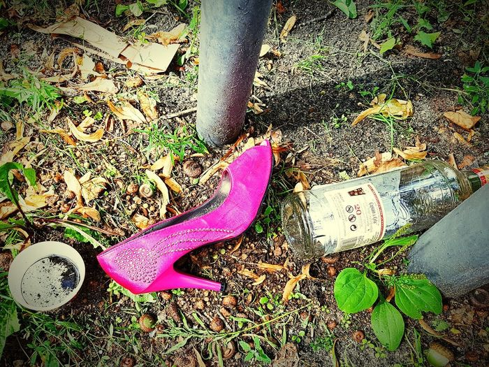 Pink Color No People Day Outdoors Party Panorama Shoes Schuh High Heels Lostshoe Pink Partyweekend Berlin Berlin Street Photography Samsungphoto Summer In The City