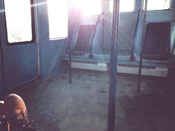 эти пустые поезда*