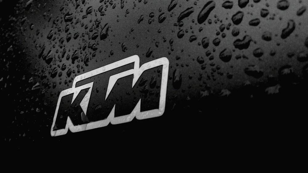 Photography Love Freelance Life Ktm Ktmrc200 KTMRacing Water Droplets Rainy Days